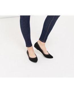 Kate Scalloped Flat Point