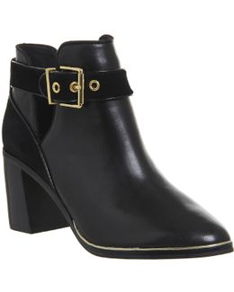 Nissie Leather Boots