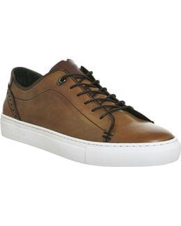 Kiing Sneakers