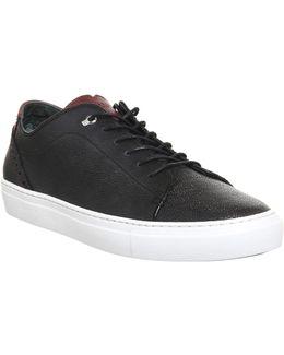 Duuke Sneakers