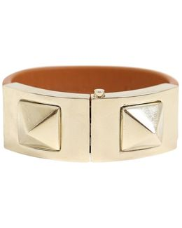 Rockstud Macro Leather Bracelet With Clasp Light Stone