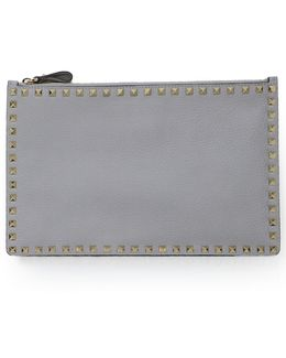 Rockstud Pouch Grained Leather Pastel Grey