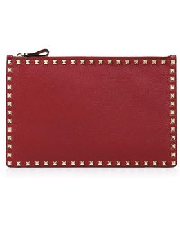 Rockstud Grained Leather Pouch Ruby