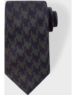 Men's Navy And Khaki Dogtooth Silk Tie