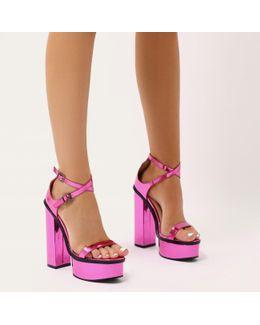 Louisiana Metallic Platform Heels With Trim In Pink
