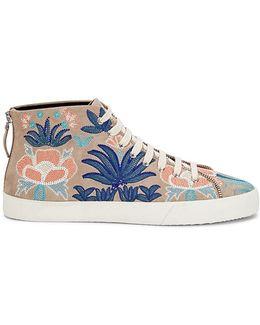 Zaina Embroidery Sneaker