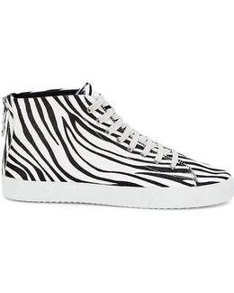 Zaina Too Sneaker