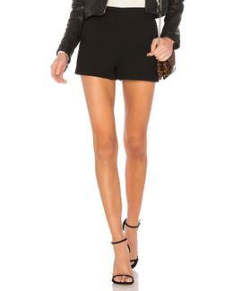 Slash Pocket Shorts In Black