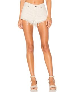 Soft & Relaxed Cut Off Shorts