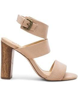 Jessy Heel