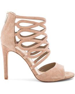 Kirsi Heels
