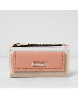 Pink Front Pocket Foldout Purse