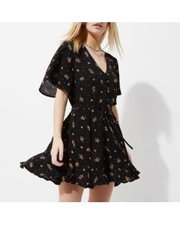 Plus Black Ditsy Floral Frill Sleeve Playsuit