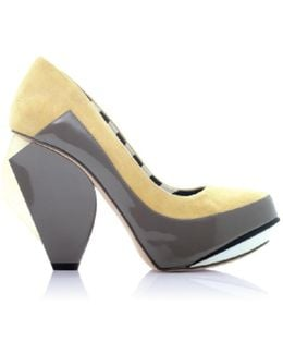 Quaver Rd Banana Color Block Leather Pumps