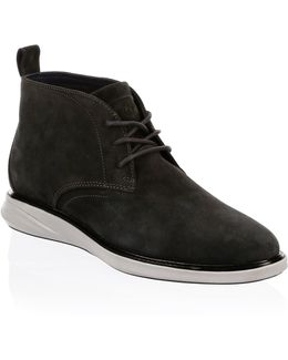 Grand Evolution Suede Chukka Boots