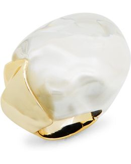 Lucite Domed Liquid Silk Ring