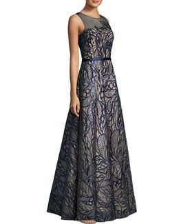 Ill Top Leaf Embroidered Detail Floor-length Gown