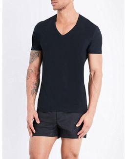 Seamless V-neck T-shirt