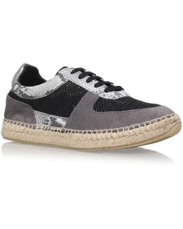 Lindon Flat Lace Up Sneakers