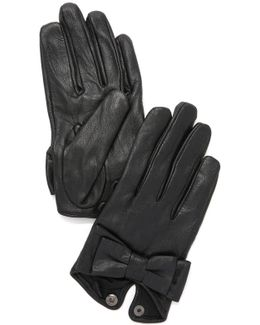 Bow Snap Gloves