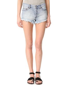 Soft & Relaxed Cutoff Shorts