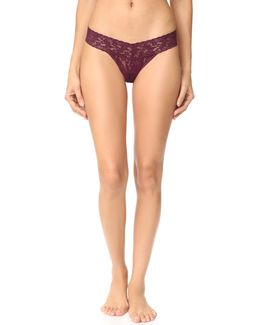 Signature Lace Petite Low Rise Thong