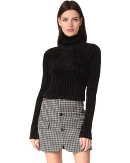 Cropped T Neck Pullover