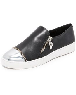 Grayson Sneakers
