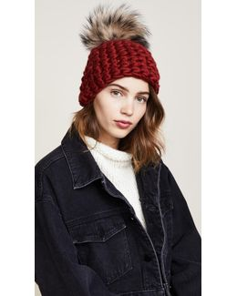 Beanie Pomster Hat