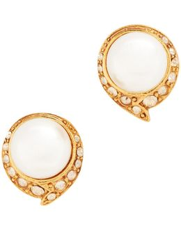 Fanned Imitation Pearl Button P Earrings