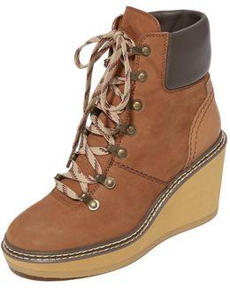 Eileen Wedge Boots