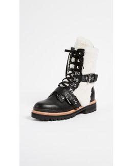 Iris Shealing Buckle Boots