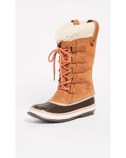Joan Of Arctic Shearling Boots