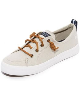 Crest Vibe Sneakers