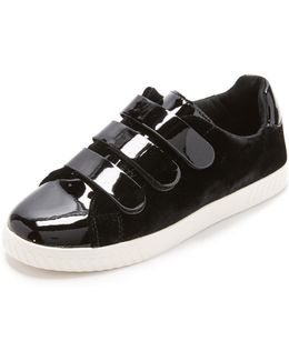 Carry Iv Velcro Sneakers