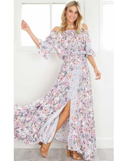 Show Po LEAH MAXI DRESS IN PINK PRINT