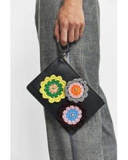 Black Daisy Pouch