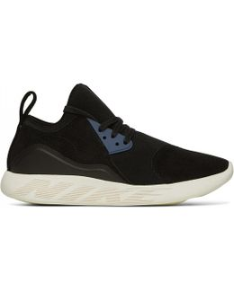 Lunarcharge Premium Sneakers
