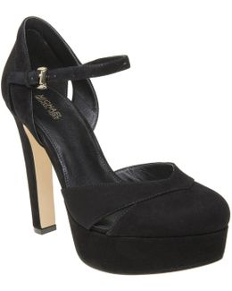 Winona Shoes