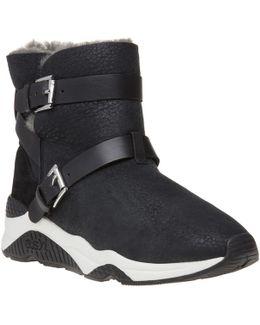 Mochi Boots