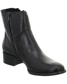 8063021 Women's Low Ankle Boots In Black