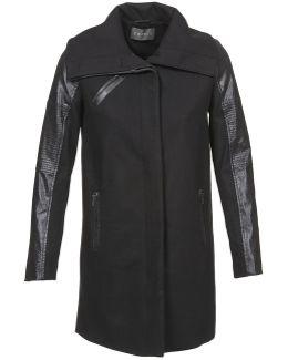 Bates Women's Coat In Black