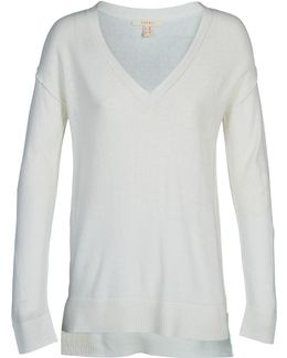 Cary Women's Sweater In White