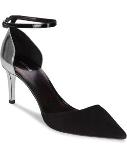 Yps490-pc219-d0249 Women's Court Shoes In Black