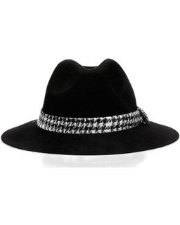 Aw6369 Wol01 Hat Accessories Women's Hat In Black