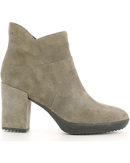 107349 Ankle Boots Women Turtledove Women's Mid Boots In Grey