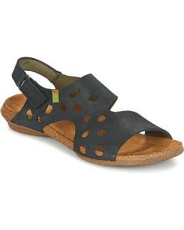 Wakataua Women's Sandals In Black
