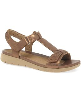 Un Haywood Womens Casual Sandals Women's Sandals In Gold