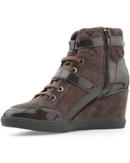 D Eleni C Women's Low Ankle Boots In Brown