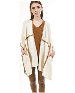 Poncho Molly Women's Cardigans In White